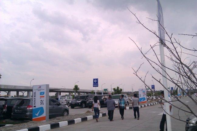 Parkiran Kualanamu