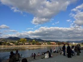 Foto ke arah sungai