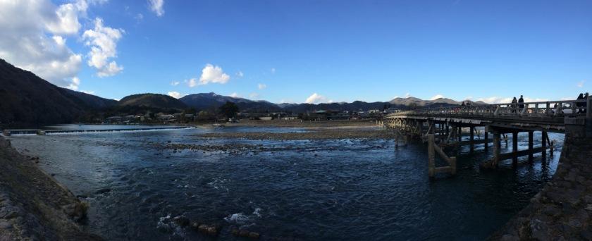 Panorama Sungai Hozu dan Jembatan Togetsukyo