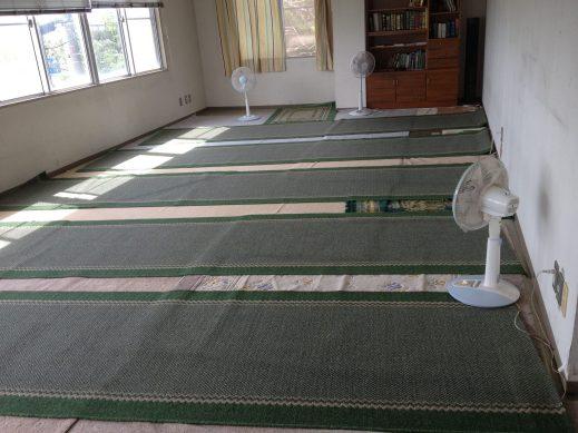 Ruang Shalat Kecil/Istirahat di Lantai 2 (2012)