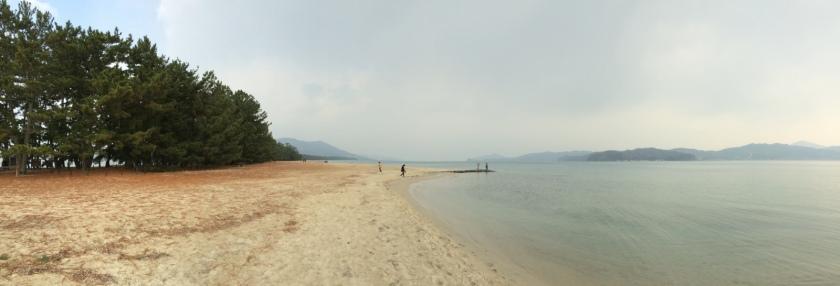 Salah satu pantai di gosong Amanohashidate.JPG