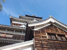 hiroshima-casle-dalam-dan-luar-2